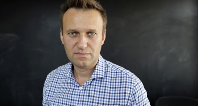 СМИ: На Навального напали в Костроме и изнасиловали