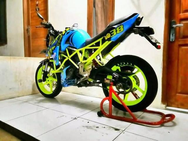 Modifikasi Yamaha Byson Dengan Tubular Warna Hijau Stabilo Keren
