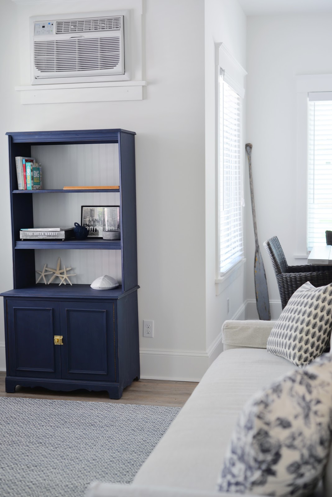 Ramblingrenovators.ca | Navy blue chalk paint bookcase, modern country style cottage
