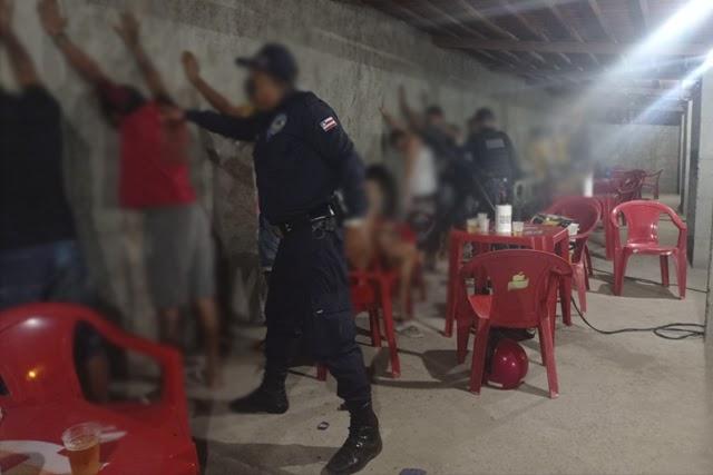 Guarda Municipal encerra festa clandestina em comunidade da Chapada Diamantina
