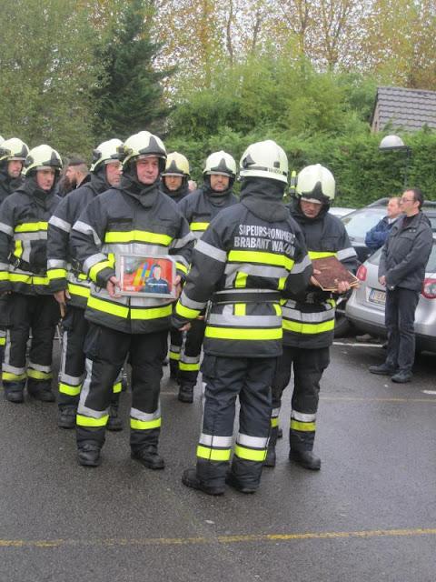 Les adieux à Luc, pompier et père de famille, tué sur l'autoroute à Obourg