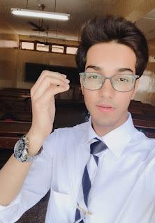 How to look Handsome with Handsome men