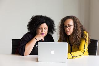 Female Entrepreneurs Work Every Bit As Hard as Male Entrepreneurs (Maybe Harder)