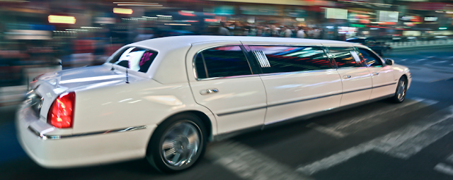 Quanto costa affittare una Limousine
