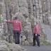 Μυστήριο στην Ιρλανδία: Πύλη που ανοιγοκλείνει σε βράχια ?? [βίντεο]