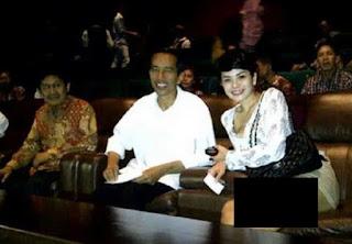 Ade Armando: Saya Duga, Nikita Mirzani Disuruh Jokowi Menghadapi HRS