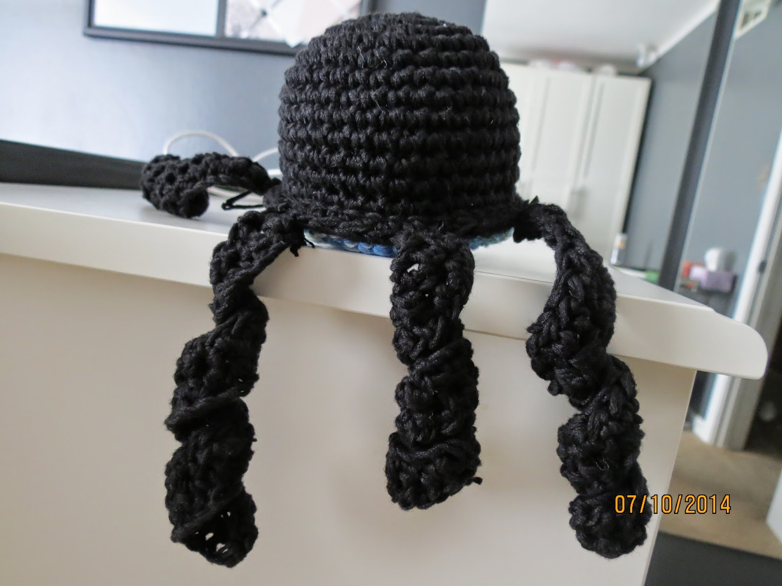 Easy Crochet Octopus Pattern (with pictures)!
