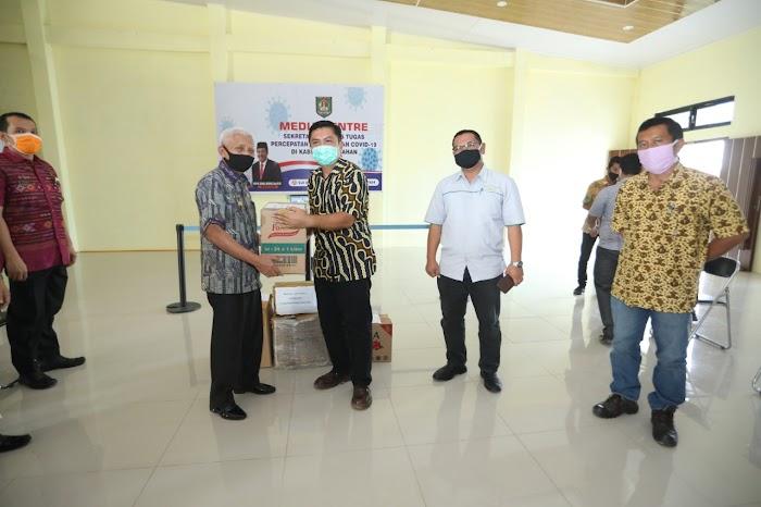 PT Socfindo Berikan Bantuan APD Kepada  Gugas Percepatan penanganan Covid-19 Kabupaten Asahan