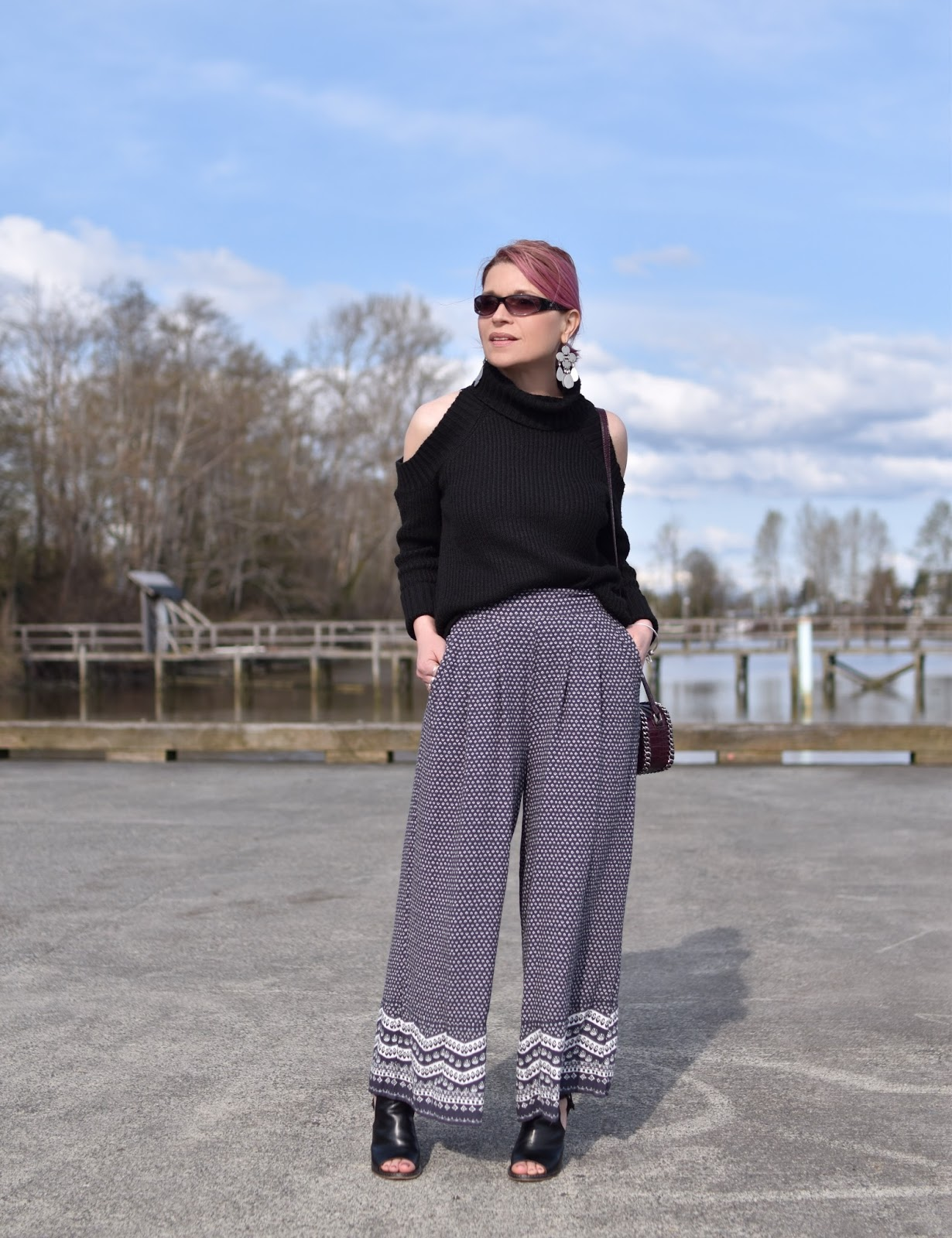 Monika Faulkner outfit inspiration - styling a cold-shoulder sweater with cropped palazzos and cut-out booties