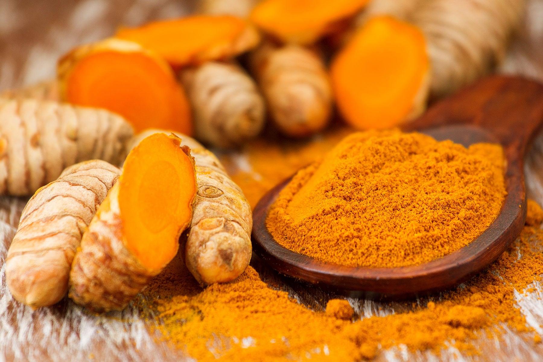 Memanfaatkan Sediaan Herbal & Minyak Esensial Untuk Kesehatan Ternak