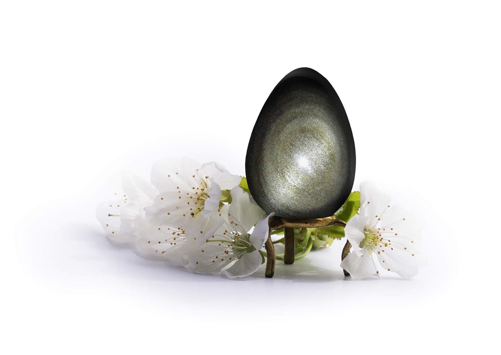oeuf de yoni en obsidienne dorée