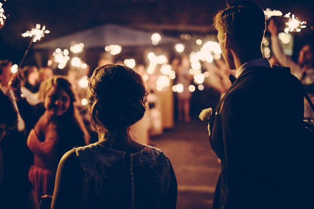 wedding-couple-reception-party-dance