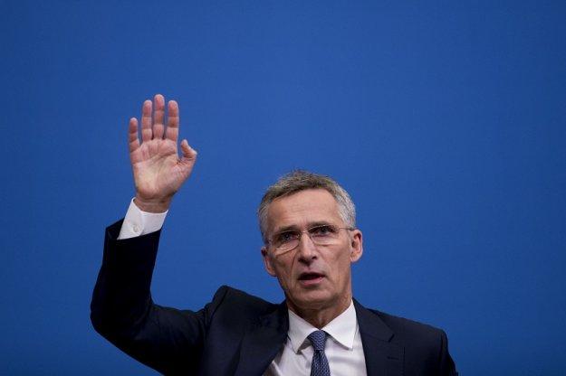 Στόλτενμπεργκ: Η δημιουργία «ευρωπαϊκού στρατού» δεν πρέπει να γίνει εις βάρος του ΝΑΤΟ