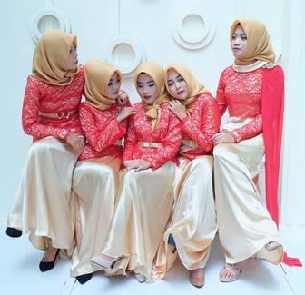 Model Kebaya Brokat Muslim Untuk Pesta