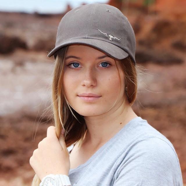 Zarlia Chisholm Hot Images - Australian Actress and Model
