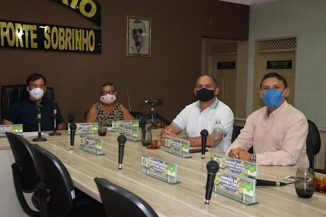 Vereador Cibalena, protocola ofícios, solicitando emendas parlamentares para o município de Viçosa