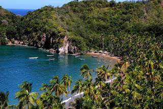 Los mejores lugares para visitar en Venezuela. Destinos más populares de Venezuela. Los sitios turísticos más visitados de Venezuela.. Playa Media Estado Sucre.