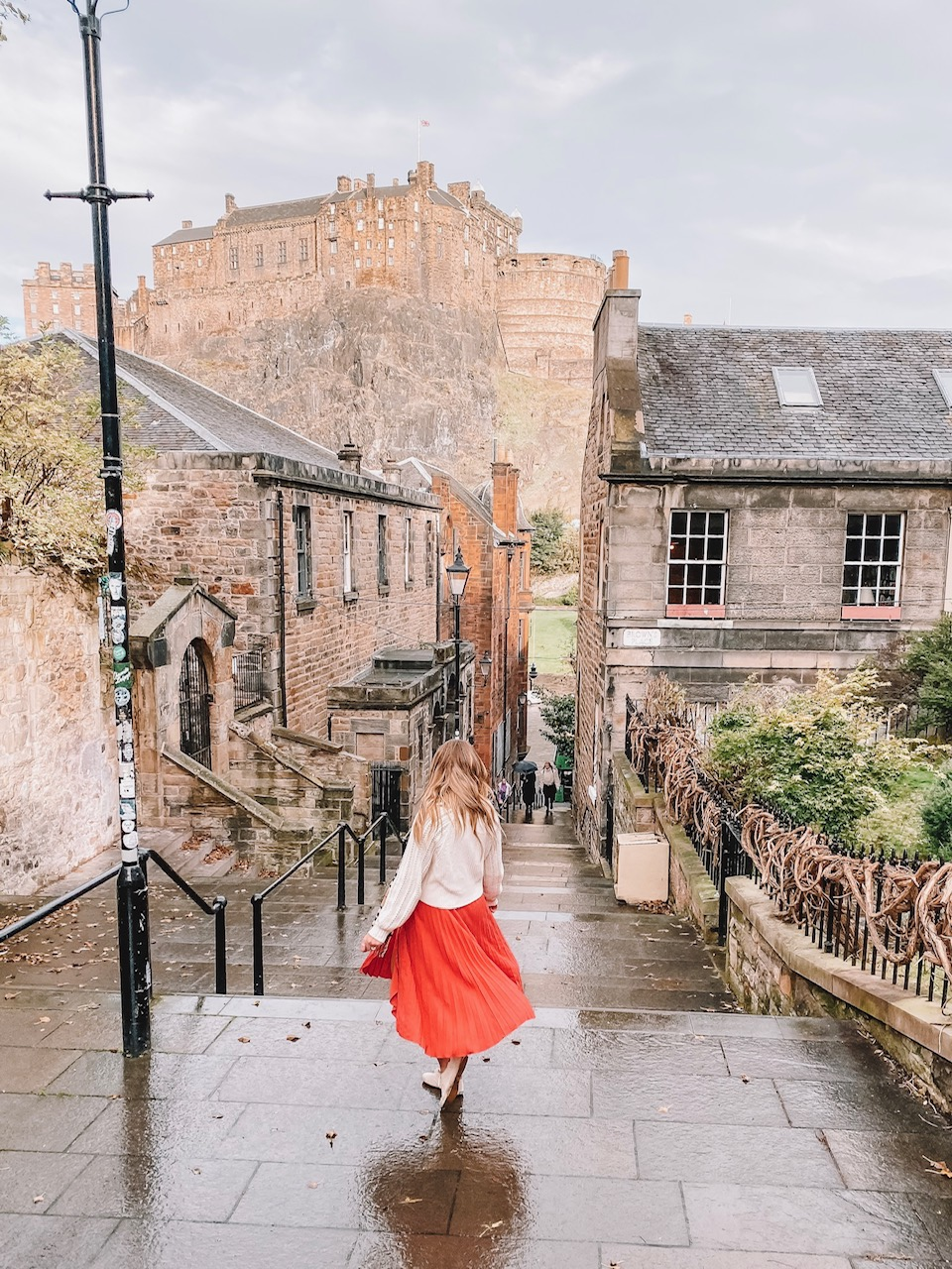 Travel blogger Amanda's OK shares her experience in Edinburgh, Scotland
