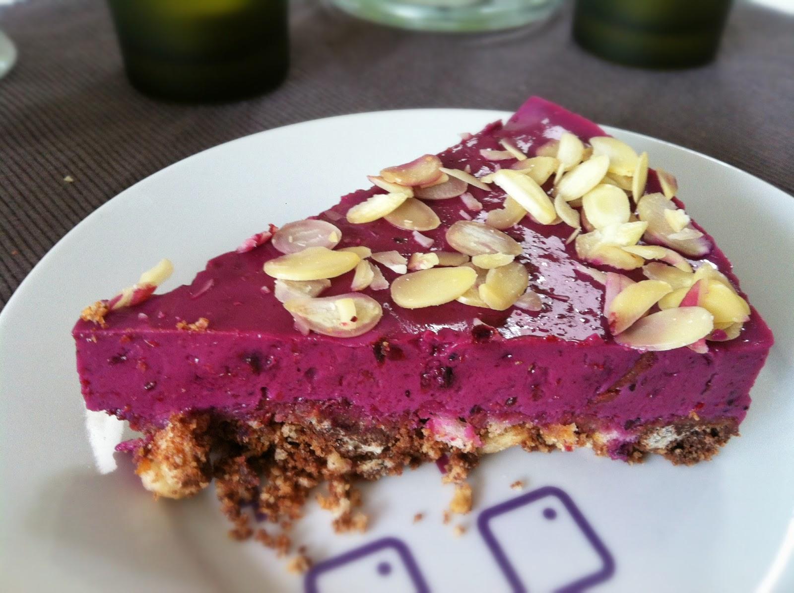Vegan Kochen Und Geniessen Fruchtige Joghurt Torte Mit Beeren