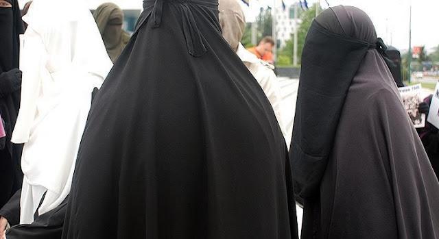 Secondo cantone svizzero, San Gallo ha votato per divieto di burqa
