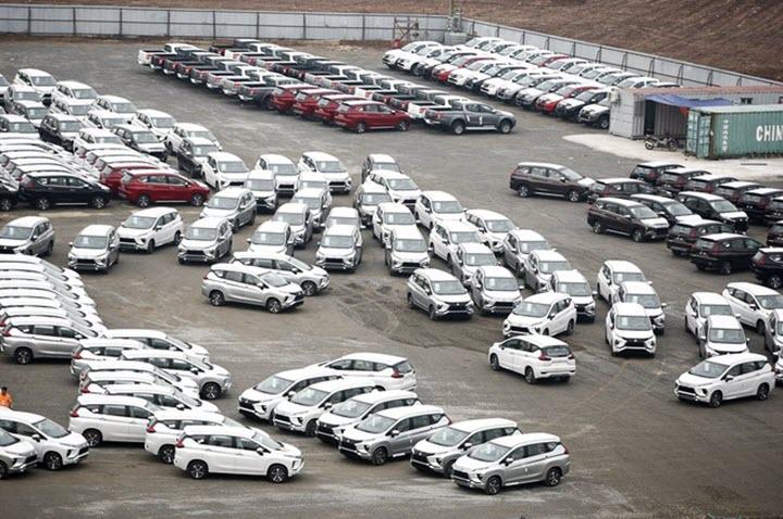 Gần 4.900 ô tô nhập khẩu vào Việt Nam, chủ yếu từ Indonesia