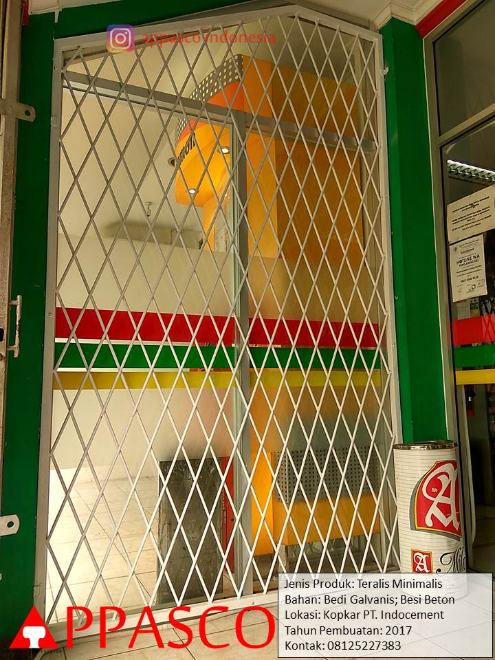 Teralis Minimalis Besi Galvanis Beton untuk Toko Minimart