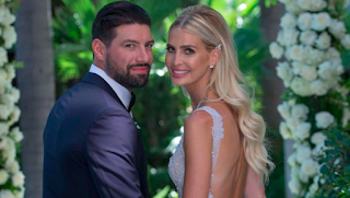 Nate Thompson With His Wife Png