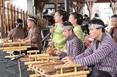 gambar musik tradisional krumpyung