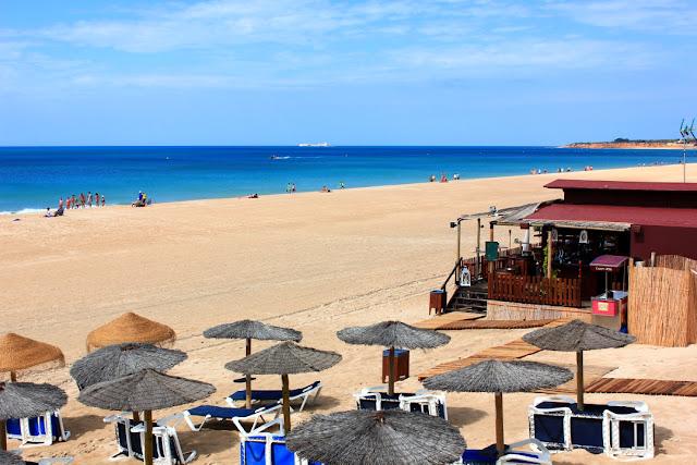 wakacje w Hiszpanii, plaże pod Kadyksem