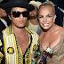 Bruno Mars fala sobre possibilidade de parcerias com Britney Spears, Beyoncé e Rihanna