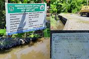 Dua Bangunan Talud Di Desa Muktitama, Biaya Permeternya Hampir Mencapai Rp. 1 Juta