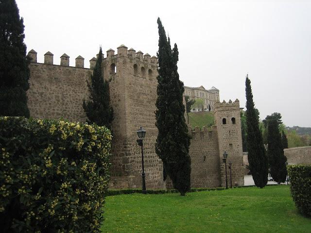 Toledo - Paño de la muralla medieval