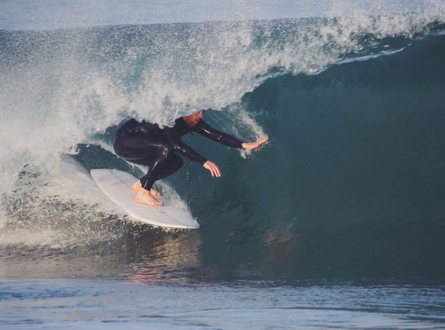 Vincent Lemanceau is surfing the Vee Bottom model - Surfin Estate