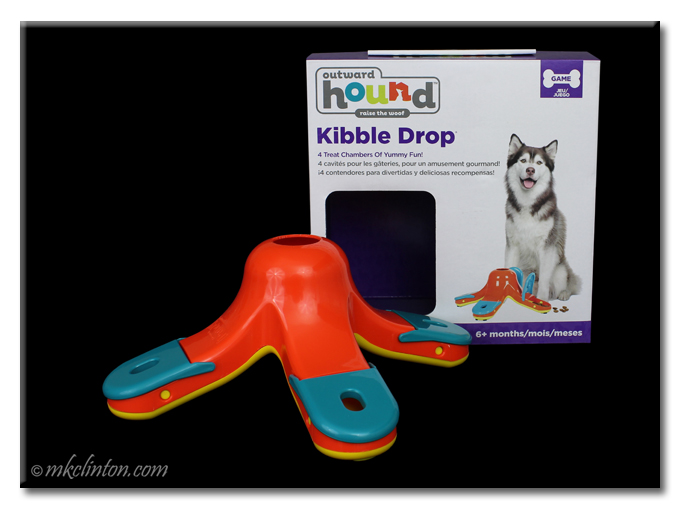 Outward Hound Kibble Drop box and toy