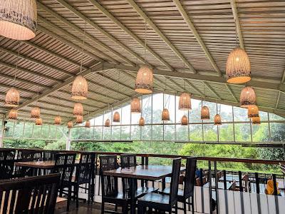 Restoran di Cimory On The Valley Semarang
