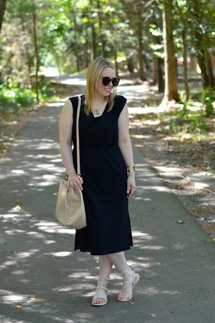 summer-midi-dress-outfit