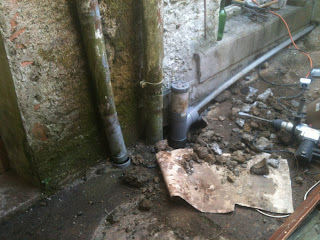 renovation prject france fitting new soil pipes