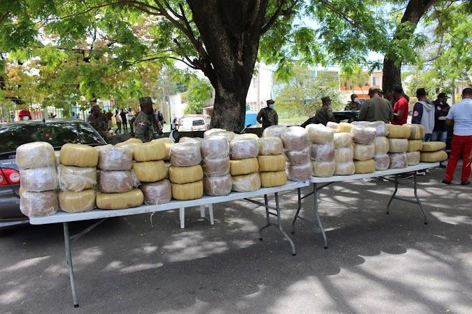 Miembros del G-2 dan duro golpe al narcotráfico en la frontera de Elías Piña