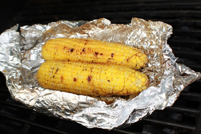 how to make grilled corn with chili lime sauce