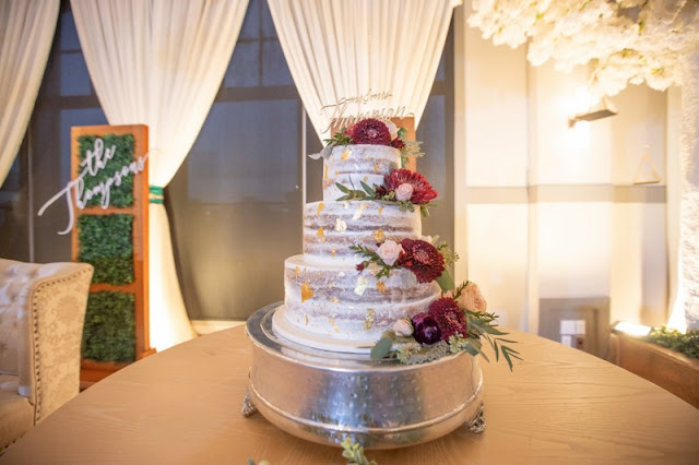 wedding cake with floral