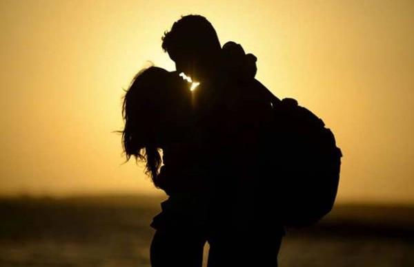 Istri Rayu Pria via Facebook, Kencan, Terus Suaminya Datang