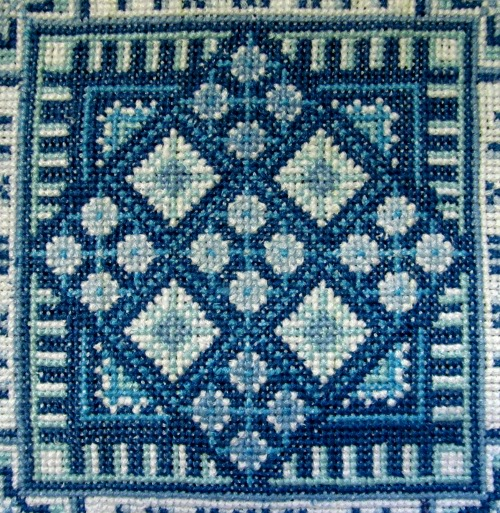 Картинки по запросу вышивка болгарским крестом