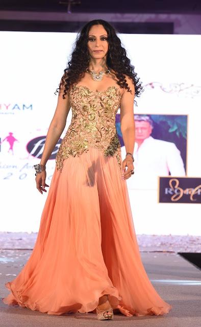 Singer Shweta Shetty