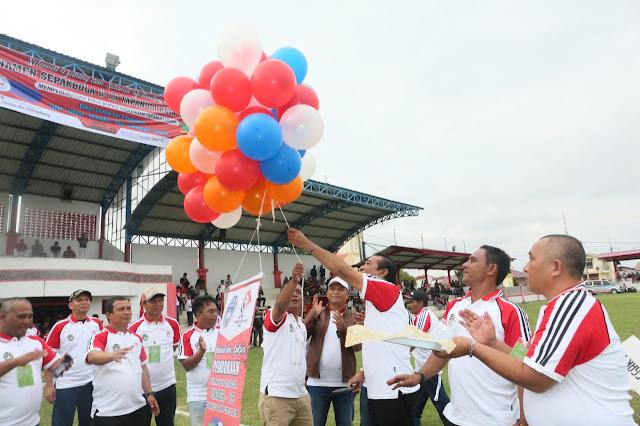 24 Klub Ikuti Turnamen Sepakbola  U-19 Tapanuli Raya  Rebut Piala Bupati Taput