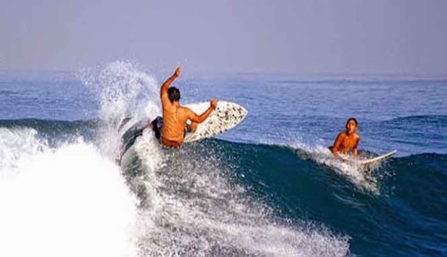 TEMPAT SURFING TERBAIK DI BALI