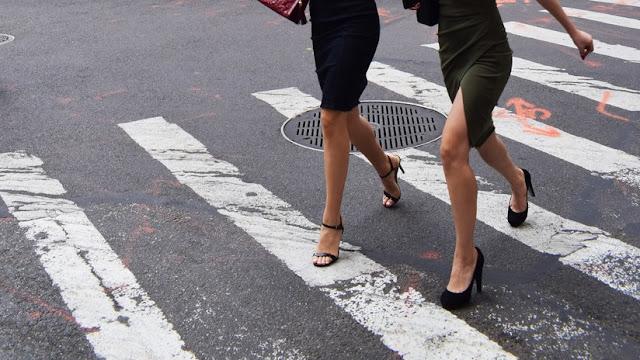 EE.UU: Empresario pide a sus empleadas que se prueben lencería de Victoria's Secret y le envíen las fotos