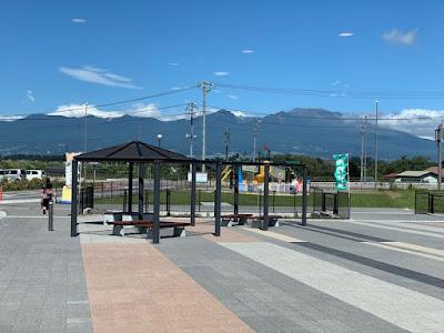道の駅ヘルシーテラス佐久南から見た浅間山