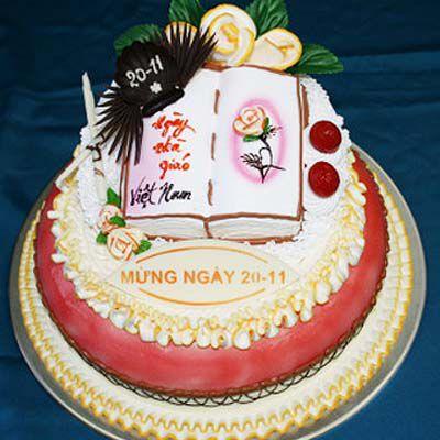 Chọn bánh kem tạo hình cuốn sách tặng giáo viên tại bánh kem Hương Vị Việt