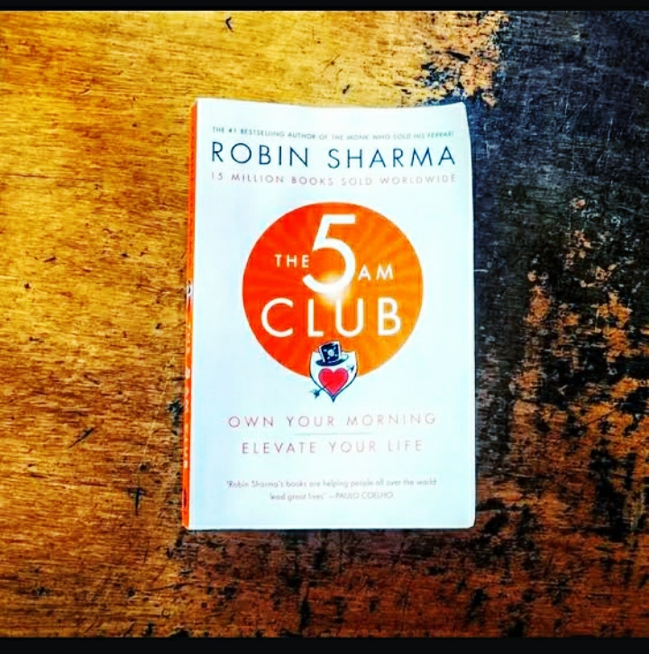 THE  5 A.M. CLUB[Own your morning, Elevate your life]