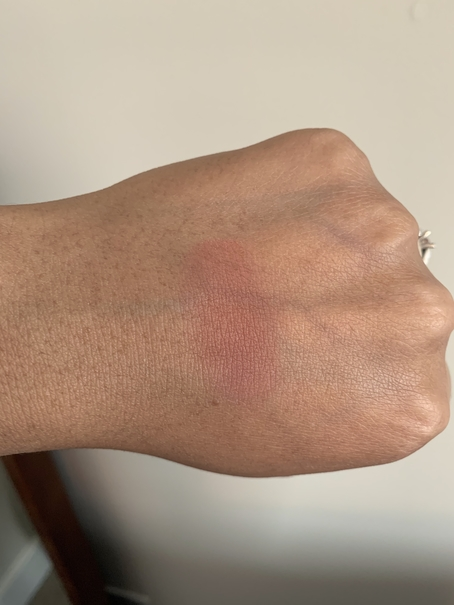 Bobbi Brown Blush in slopes swatch on dark skin
